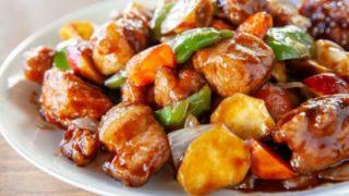 酢豚の肉が硬いのはなぜ?柔らかくする方法や野菜が固い時の対処法は?