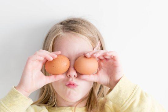 卵を常温に戻す理由やどのくらい時間がかかるか?レンジでもできる?