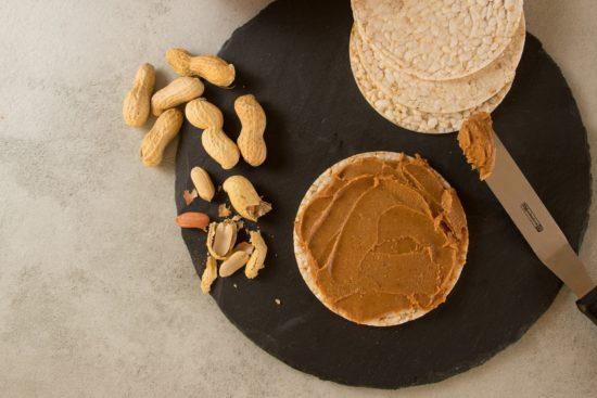 ピーナッツの薄皮が花粉症に効く?!ピーナツバターや落花生ごはんって?