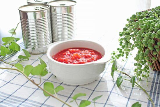 トマト缶と生トマトの栄養は?使い分け方とおすすめレシピをご紹介!
